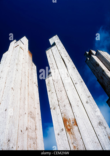 Sculpture From Timber Piles, Derry Quay, Derry City, Ireland - Stock Image