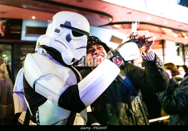London, UK 16th December, 2015 Star Wars The Force Awakens premiere in London's Leicester Square. copyright - Stock Image