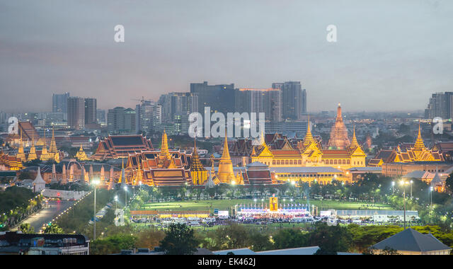 Wat Phra Kaew, Temple of the Emerald Buddha,Grand palace at twilight in Bangkok, Thailand - Stock Image
