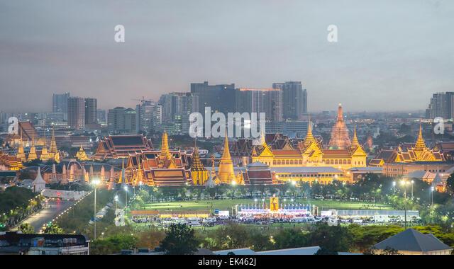 Wat Phra Kaew, Temple of the Emerald Buddha,Grand palace at twilight in Bangkok, Thailand - Stock Image