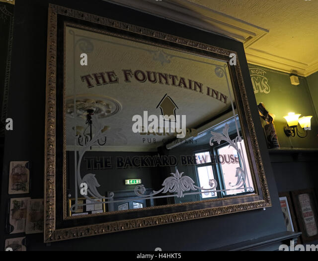 Fountain Inn Mirror,Backhouse Brewing,Walsall,England - Stock Image