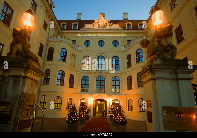 Dresden Old city center Taschenbergpalais Hotel Kempinski Entrance twilight - Stock Image