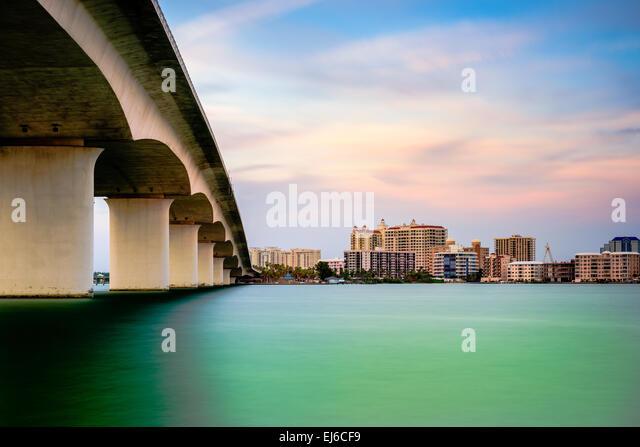 Sarasota, Florida, USA town cityscape from Sarasota Bay. - Stock-Bilder