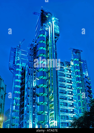 GB London Lloyd s Building designed by Richard Rogers City of London - Stock Image
