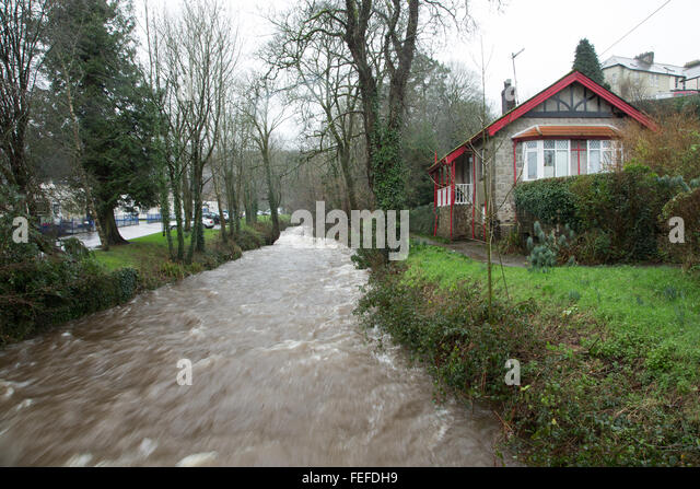 Okehampton, Devon, UK. 6th February, 2016. High river levels at Simmons Park in Okehampton during storm. Credit: - Stock Image