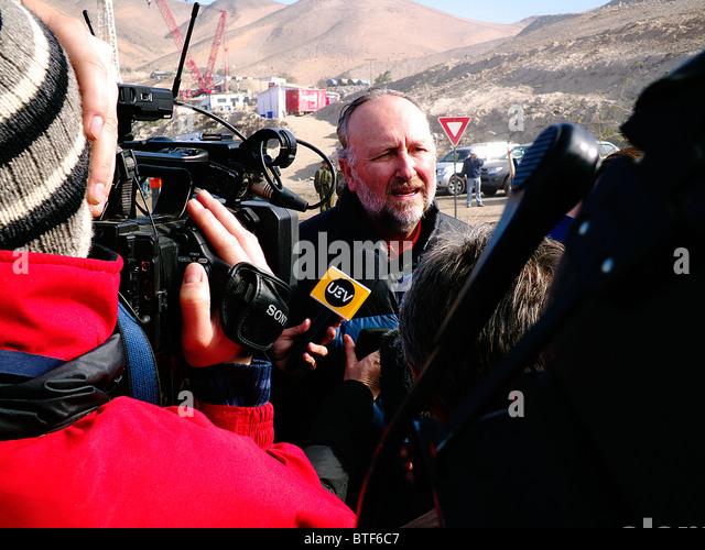 Reportage-33 Miners Chile, rescued alive on Atacama desert, San Jose Mine. Baldo Prokurica senator of Chile. - Stock Image