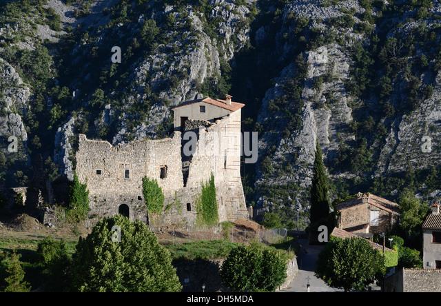 Ruined Castle Gréolières Village Alpes-Maritimes France - Stock Image