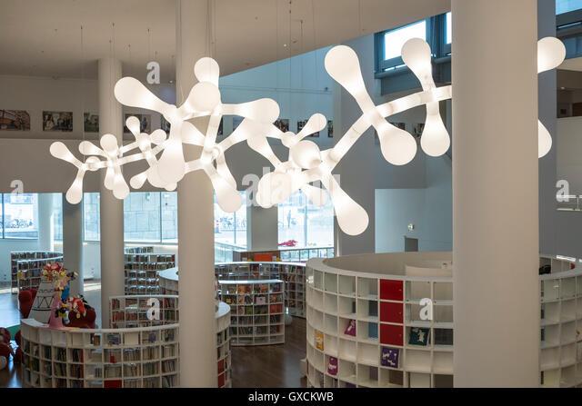 Openbare bibliotheek amsterdam stock photos openbare bibliotheek amsterdam stock images alamy - Moderne bibliotheek ...