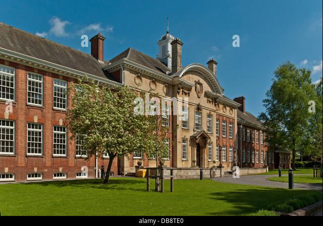 Northampton University Newton Building