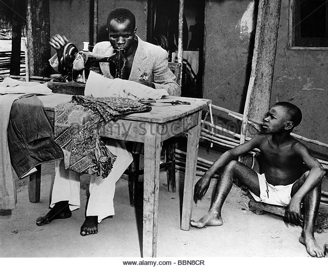 geography / travel, Democratic Republic of the Congo, people, tailor at work in a village, 1950s, central Africa, - Stock-Bilder