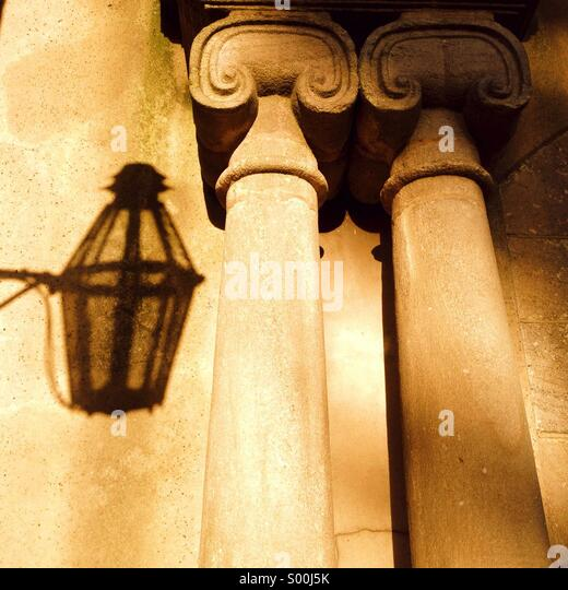 Columns and shadow of lamp at entrance to Astley Hall in Chorley - Stock-Bilder