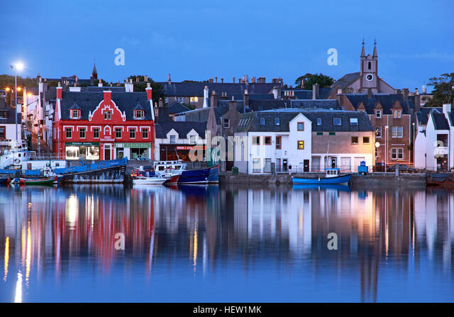 Stornoway Isle Of Lewis harbour at dusk - Stock Image