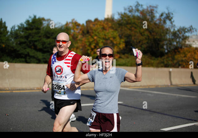 2 Mile Marker Stock Photos & 2 Mile Marker Stock Images ...