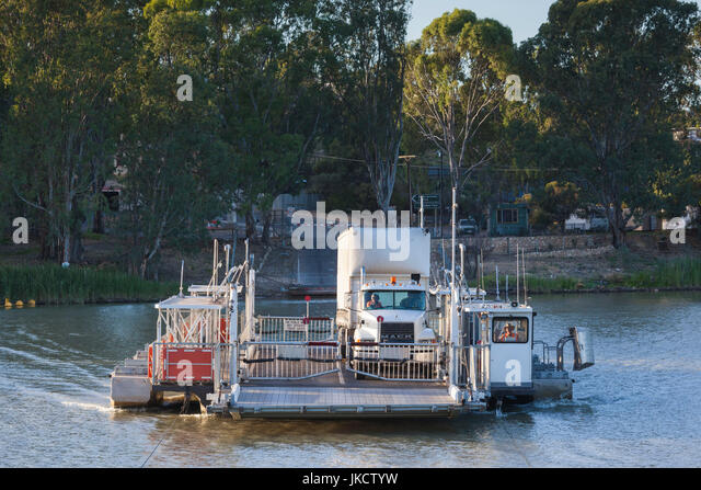 Australia, South Australia, Murray River Valley, Swan Reach, river ferry - Stock Image