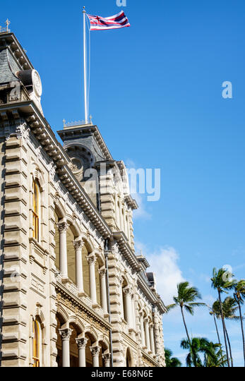 Hawaii Hawaiian Honolulu Iolani Palace royal residence exterior state flag - Stock Image