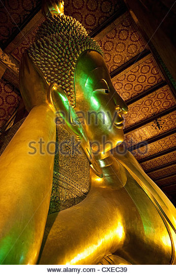 Reclining Golden Buddha in Wat Pho temple (Wat Phra Chetuphon), Bangkok, Thailand, Southeast Asia, Asia - Stock Image