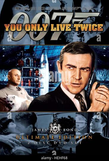 DONALD PLEASENCE & SEAN CONNERY JAMES BOND: YOU ONLY LIVE TWICE (1967) - Stock Image