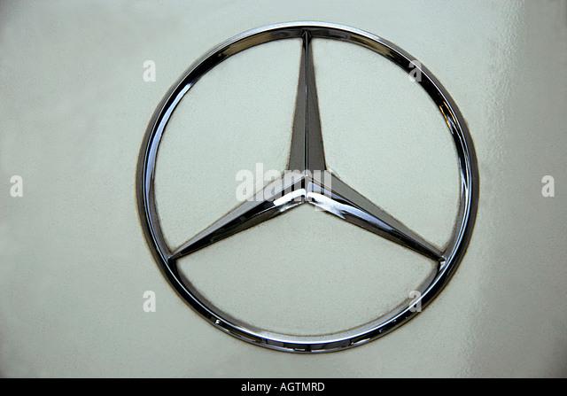 Mercedes benz star stock photos mercedes benz star stock for Mercedes benz stock symbol