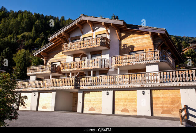 Chalets Stock Photos Amp Chalets Stock Images Alamy