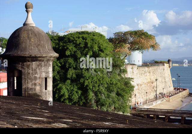 San Juan city wall and walkway under the city wall, Paseo del Morro, Old San Juan, Puerto Rico Caribbean - Stock Image