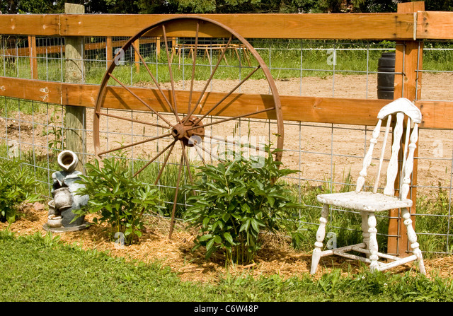 Wagon Wheel Stock Photos & Wagon Wheel Stock Images