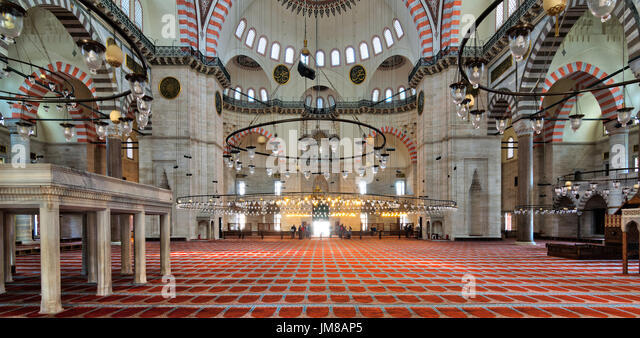 Interior shot of Sulaymaniye Mosque, the second largest mosque in Istanbul, Turkey - Stock Image