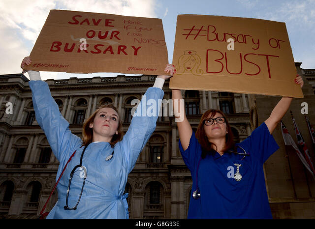 Nursing bursaries scrapped - Stock Image