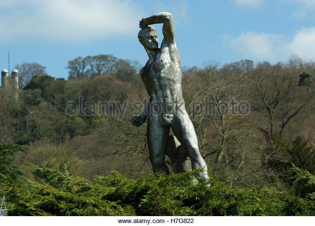 Chatsworth house statues
