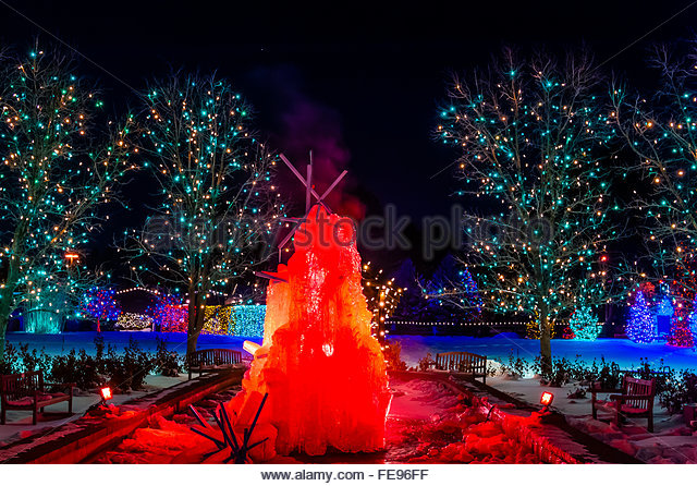 Fountain Light Show Night Stock Photos Fountain Light Show Night Stock Images Alamy