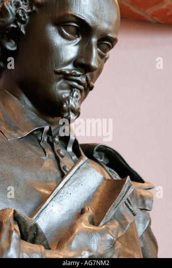 Alabama Montgomery Alabama Shakespeare Festival William Shakespeare statue lobby - Stock Image