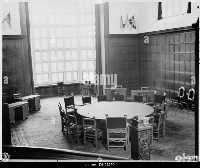 The conference table at Cecilienhof, where the Potsdam conference meetings were held. 198772 - Stock Image