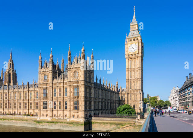 Big Ben Houses of Parliament and Westminster bridge over the River Thames City of London England GB UK Europe - Stock Image