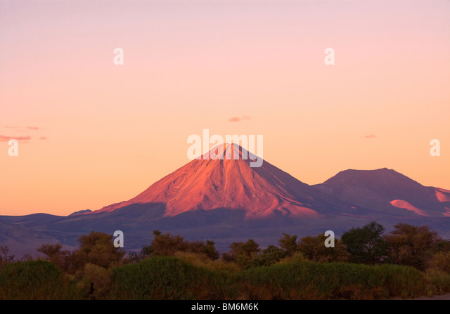 Licancabur volcano and the oasis of San Pedro de Atacama, Atacama Desert, Chile, South America - Stock Image