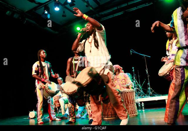 Nago Koite und SAF SAP (Senegal) - Global Drums Festival, Werkstatt der Kulturen, 17. Januar 2015, Berlin-Kreuzberg. - Stock-Bilder