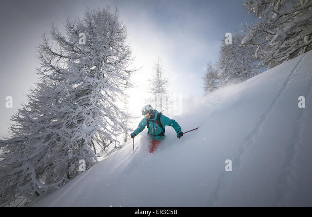 Man deep powder skiing, Salzburg, Austria - Stock Image