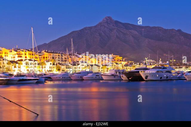Puerto Banus Marbella coata del Sol night life Marina Mediterranean Luxury real estate, Luxury yatchs and boats.Concha - Stock Image