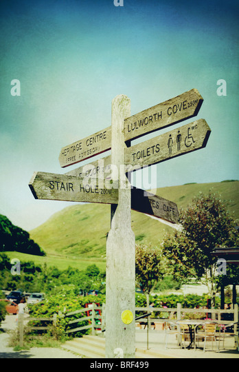 signpost to Lulworth Cove,Dorset,UK - Stock-Bilder