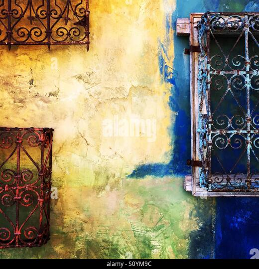 Colored wall in Santana Row in San Jose - Stock Image