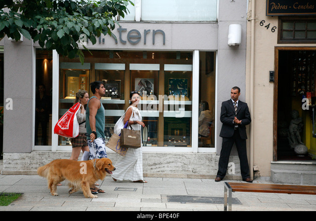 H. Stern shop on Rua Oscar Freire street in the Jardins area, Sao Paulo, Brazil. - Stock Image