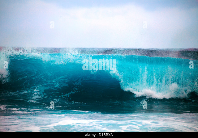 Hawaii, Oahu, Beautiful Wave Breaking. - Stock Image