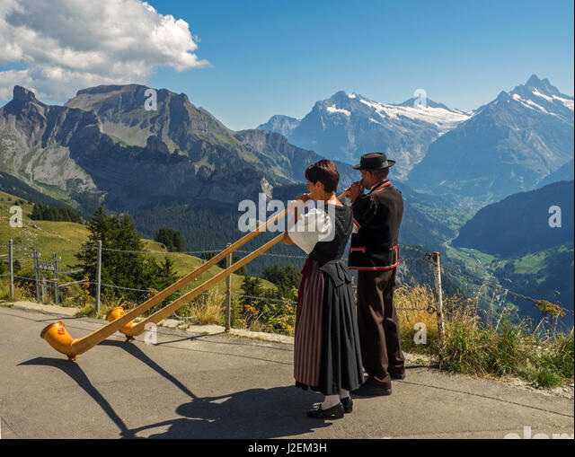 kulm senior singles Visa bildbanksbilder av senior couple enjoying view over rigi kulm rigi kulm canton of schwyz switzerland hitta förstklassiga, högupplösta foton hos getty images.