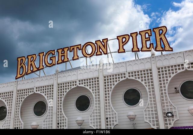 Brighton Pier sign, Brighton, UK - Stock-Bilder