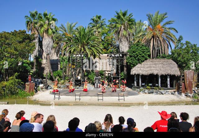 Polynesian dancers children stock photos polynesian - Tolder tarragona ...