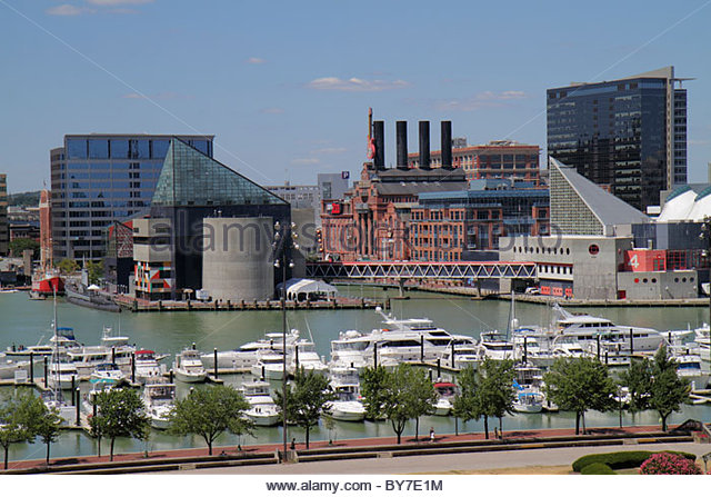 Baltimore Maryland Federal Hill Park Inner Harbor Patapsco River port waterfront skyline aquarium attraction building - Stock Image