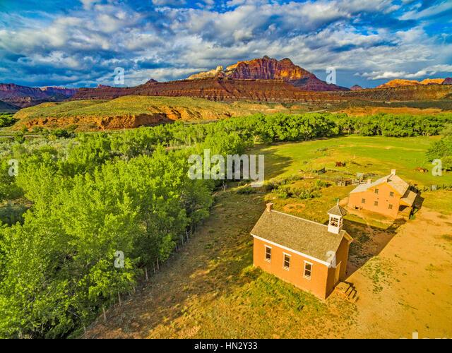 Grafton Ghost Town and Mount Kinesava,     Near Zion National Park, Utah  Along Virgin River       Restored town - Stock-Bilder