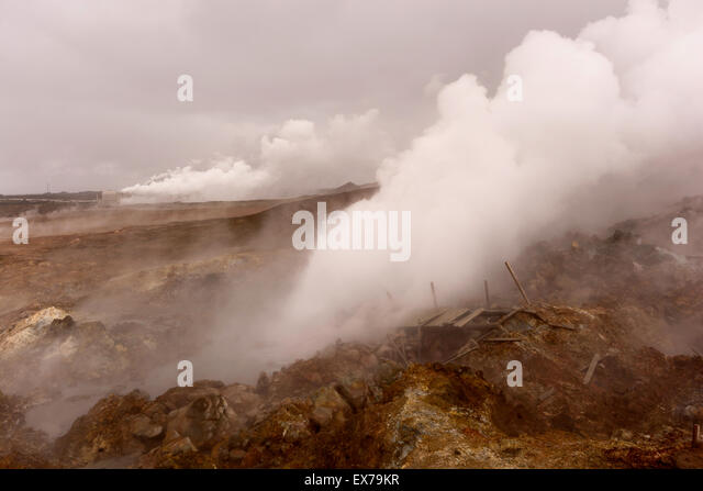 Geo-thermal renewable energy plant - Stock Image