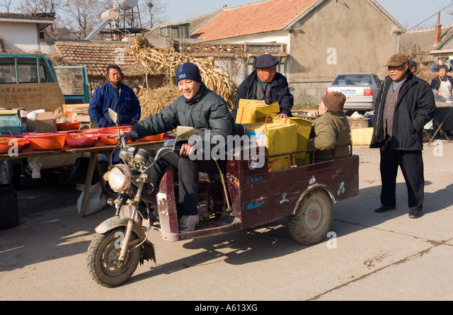 Market day in farming village of Hui Wen, Shandong Province China