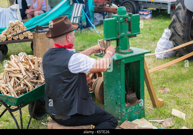 firewood chopping machine