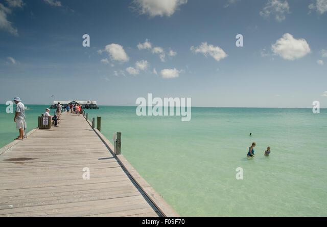 Anna maria stock photos anna maria stock images alamy for Anna maria island fishing pier