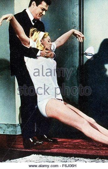 Suzanna Leigh Stock Photos & Suzanna Leigh Stock Images ...